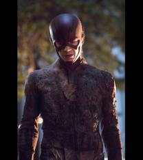 "Grant Gustin gets a bit ""Flash fried"" in a confrontation with the Rogues!"