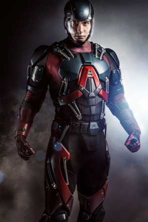 Ray Palmer (Brandon Routh) fully suited up.