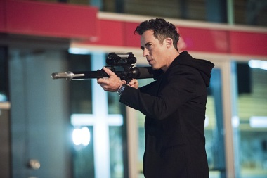 Tom Cavanagh as the Harrison Wells from Earth-2 (doing his darnedest to play with the meta-humans)